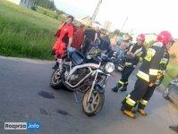 Zderzenie motocykla z osobówką w Bryszkach