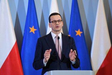 Morawiecki: nie ma powodu przesuwać wyborów i egzaminów