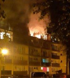 Pożar mieszkania przy ul. Górnej w Piotrkowie (VIDEO) (AKTUALIZACJA)