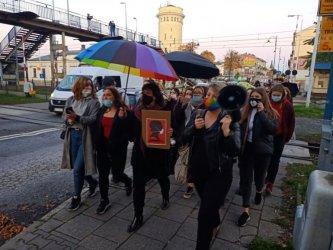 W całej Polsce nie ustają protesty, w Piotrkowie też (FILM)