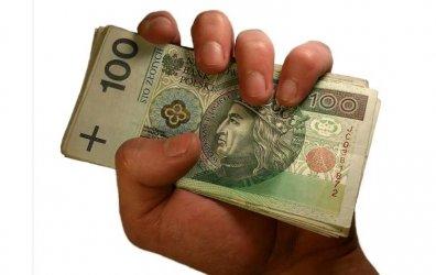 Przywłaszczały pieniądze z kont i lokat. Oszukały klientów na… kilka milionów!