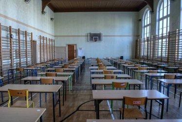 Rozpoczynają się próbne egzaminy ósmoklasisty organizowane przez CKE