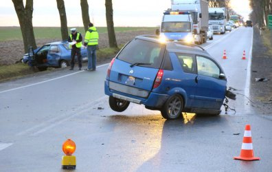 Wypadek na drodze krajowej 91. Jedna osoba trafiła do szpitala
