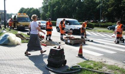 W al. Piłsudskiego budują aktywne przejście dla pieszych