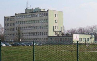 Pracownik piotrkowskiego szpitala zakażony koronawirusem