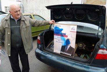 Kto i dlaczego zniszczył plakaty wyborcze?