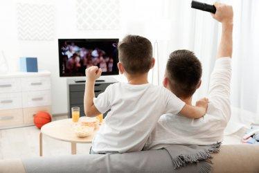 Filmy na starym telewizorze – sprawdzone sposoby