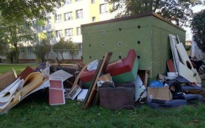 Wielkogabarytowy problem na piotrkowskich osiedlach