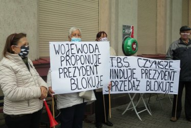 Mieszkańcy Sygietyńskiego dalej bez możliwości wykupu mieszkań