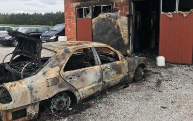 Mechanik samochodowy z gminy Sulejów stracił w pożarze swój zakład. Możemy pomóc!
