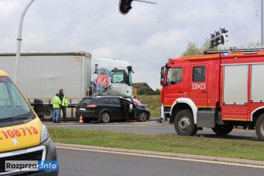 Dwa wypadki na dk1. Droga była zablokowana