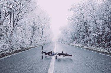 Potrącenie rowerzysty w Biskupiej Woli