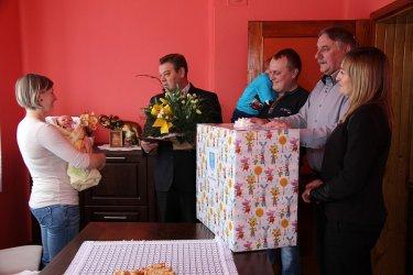Jaś i Karolek – pierwszostyczniowi chłopcy z gminy Wola Krzysztoporska