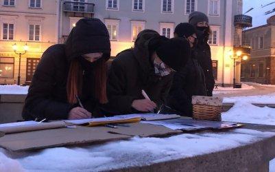 Legalna aborcja bez kompromisów. Zbiórka podpisów w Piotrkowie