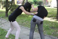 Teraz biją dziewczyny!