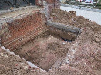 Remontowali kaplicę, znaleźli kości dwóch osób