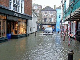 Najczęściej ubezpieczamy się przed zalaniem mieszkania
