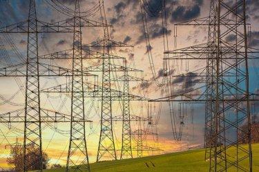 20 tys. odbiorców z regionu piotrkowskiego było bez prądu w wyniku uszkodzeń sieci energetycznej