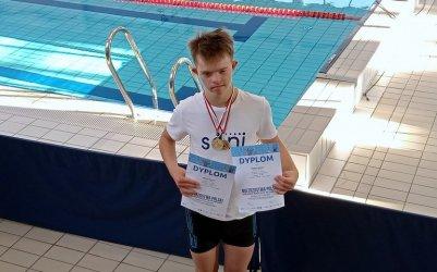 13 letni Bartek z Piotrkowa Mistrzem Polski w pływaniu