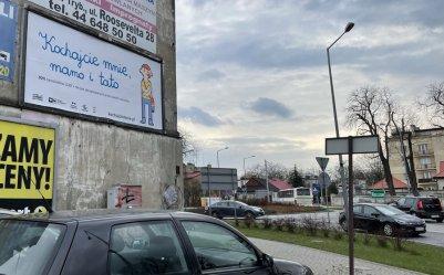 Kontrowersyjne bilbordy na piotrkowskich ulicach