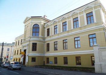 Szkoła przy ul. Stronczyńskiego najładniej odnowionym budynkiem