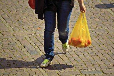 Koniec z darmowymi torebkami jednorazowymi
