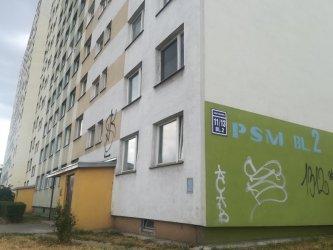 Uporczywi lokatorzy w jednym z piotrkowskich bloków