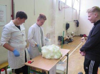 Młodzi naukowcy eksperymentowali w Piotrkowie