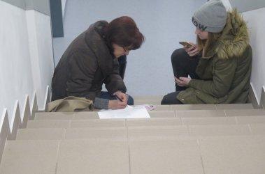 Mieszkańcy narzekają na warunki w nowym biurze paszportowym