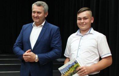 Gmina Grabica: Najlepsi uczniowie nagrodzeni przez wójta