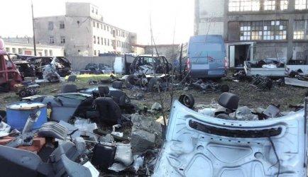 W Woli Krzysztoporskiej zlikwidowali dziuplę z kradzionymi samochodami