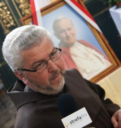 Relikwie bł. Jana Pawła II w Piotrkowie