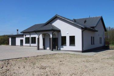 Gmina Wola Krzysztoporska: Domy Ludowe w Mąkolicach i Blizinie wyremontowane