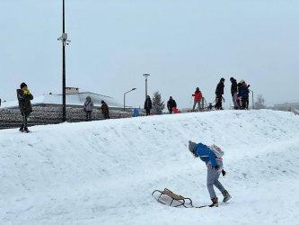 Piotrkowianie korzystają z uroków zimy