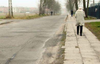 Gmina Moszczenica: Parkingi i nowa droga