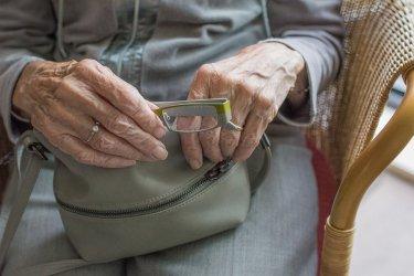 Seniorka z Radomska oszukana metodą