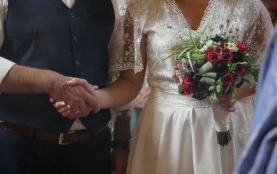 W lipcu mniej zgonów niż rok temu i zdecydowanie mniej małżeństw