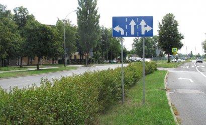 Niejednoznaczne oznakowanie na piotrkowskim skrzyżowaniu?