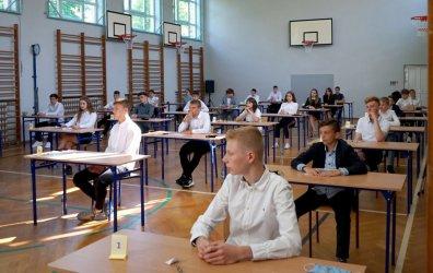 We wtorek rozpoczyna się trzydniowy egzamin ósmoklasisty