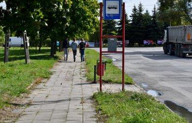 Chodnik na osiedlu Wronia zmieni się w ciąg pieszo-rowerowy