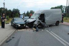 Cztery osoby ranne w wypadku czterech pojazdów