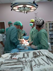 Pierwsza operacja w nowym – starym szpitalu