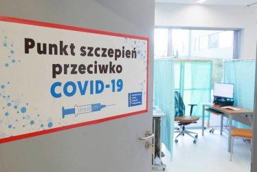 Ponad 19 mln 278 tys. osób w Polsce jest w pełni zaszczepionych przeciwko COVID-19