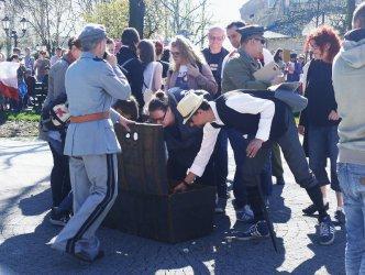 Legioniści na ulicach Piotrkowa, czyli gra miejska HARC