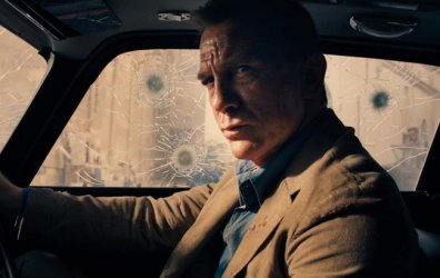 W oczekiwaniu na nowego Bonda, czyli co nowego w kinie?