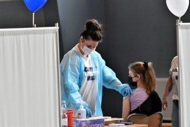 Resort zdrowia: rozpoczynamy akcję szczepień w szkołach; sprawdzamy, ile jest deklaracji