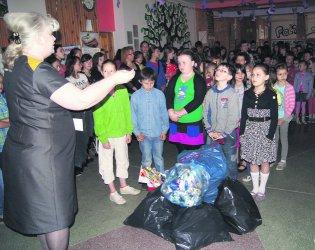 Uczniowie z Niechcic dbają o środowisko