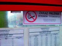 Oznakowali przystanki, będą kontrolować palaczy