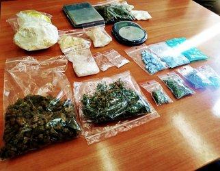 Policjanci przechwycili ponad 600 g narkotyków