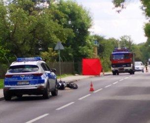 Wypadek z udziałem motocyklisty w Ręcznie. Interweniował śmigłowiec LPR